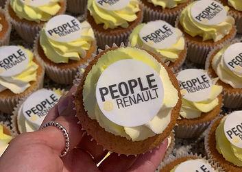 Renault Logo Cupcakes  3 .jpg