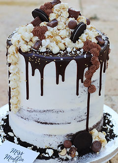 Chocolate Explosion Cake with Popcorn.JP