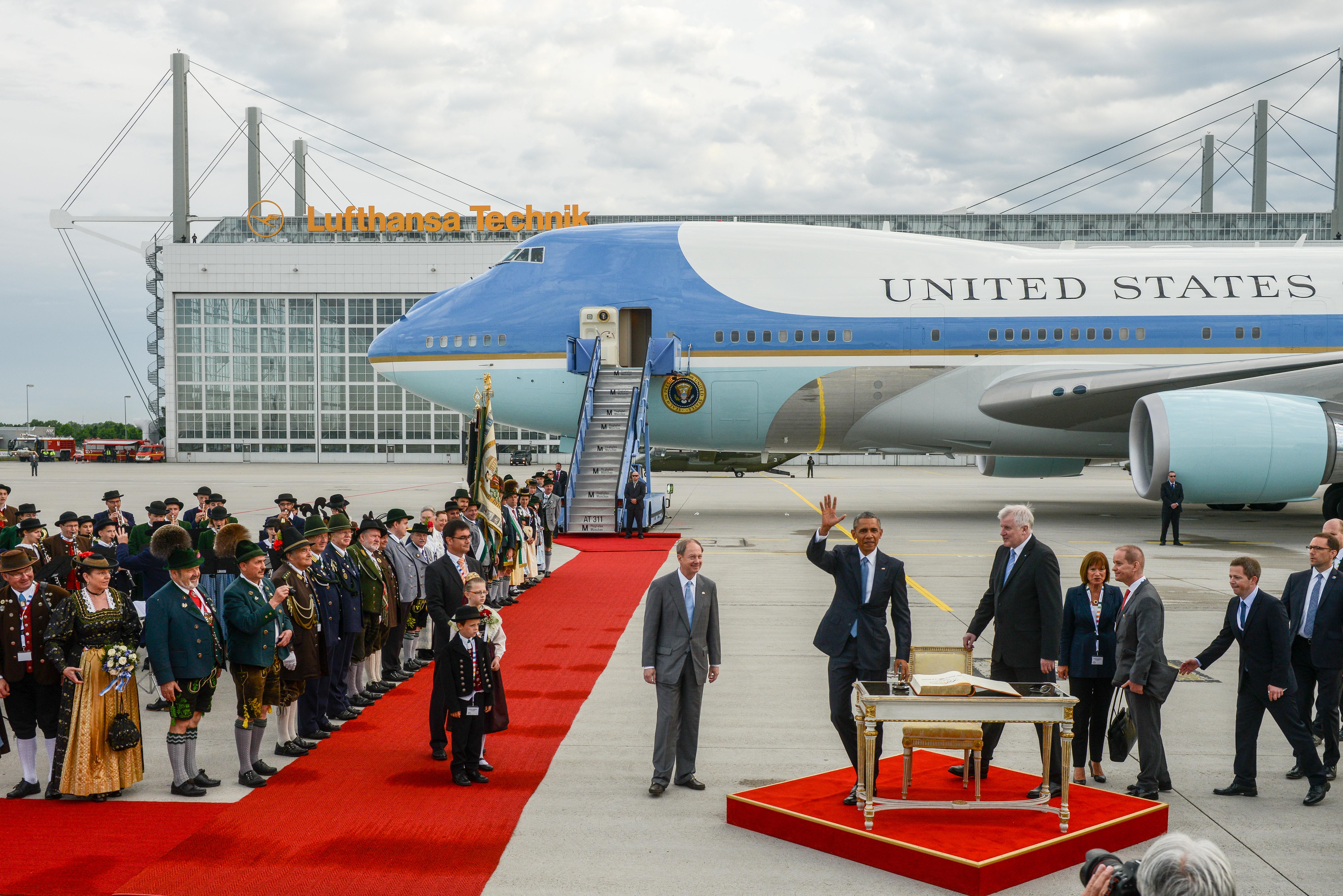 150607_G7_Ankunft_Obama_M_69237.jpg