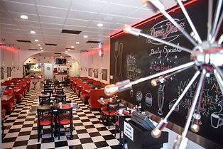 dave-s-diner-front-view.jpg