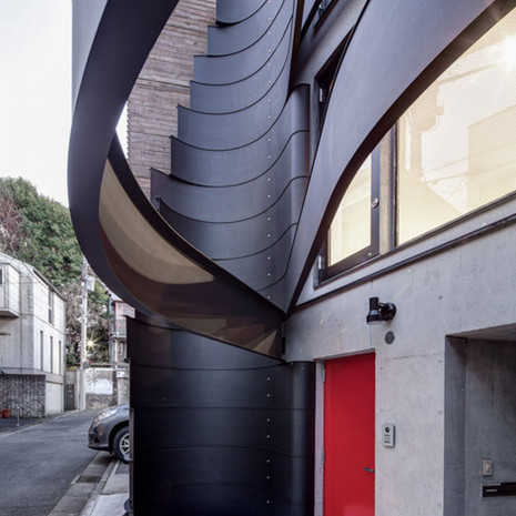 ron-arad-d-house-tokyo-issho-architects-