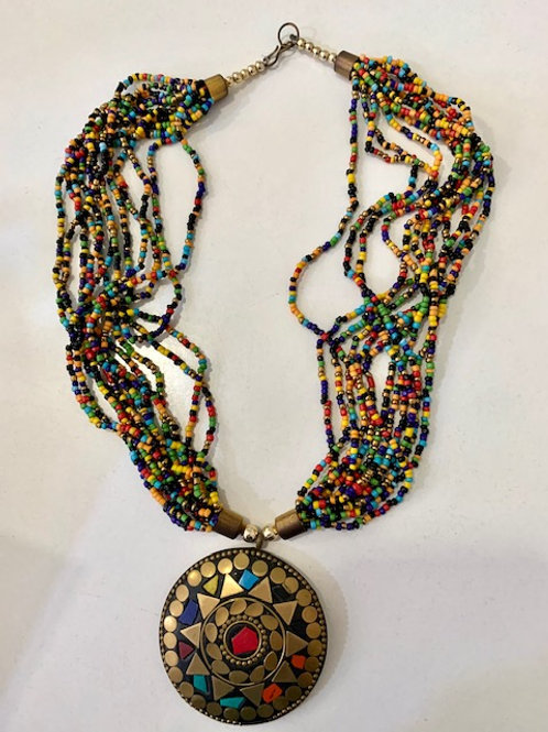 Medallón Artesanal con Piedras