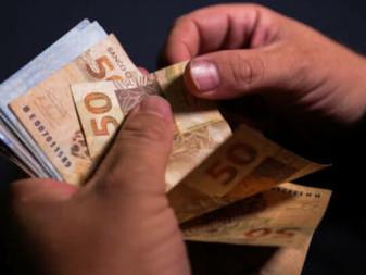 Prefeitura de Aracaju paga salários dos servidores na segunda-feira, 27