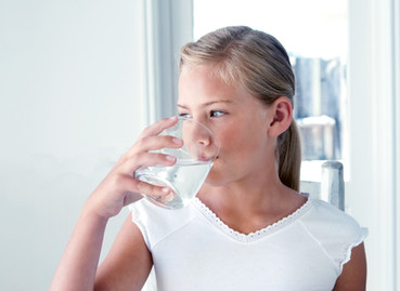 पानी पीने का सही तरीका क्या है ..| पानी पीने का सही तरीका सीखिए |पानी पीने के नियम| hhindi