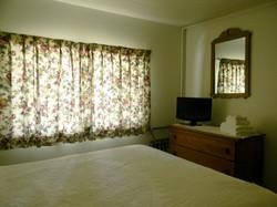 Nob Hill Motel Room