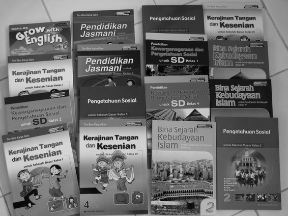 schoolboeken voor 7 scholen 2.jpg