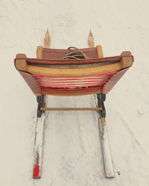 credit_MarleneStanciu_snow_chair2.JPG