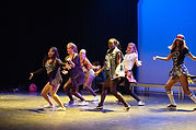 Teen Girls dancing-517679_640.jpg
