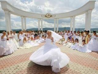 Weddings à la Russe