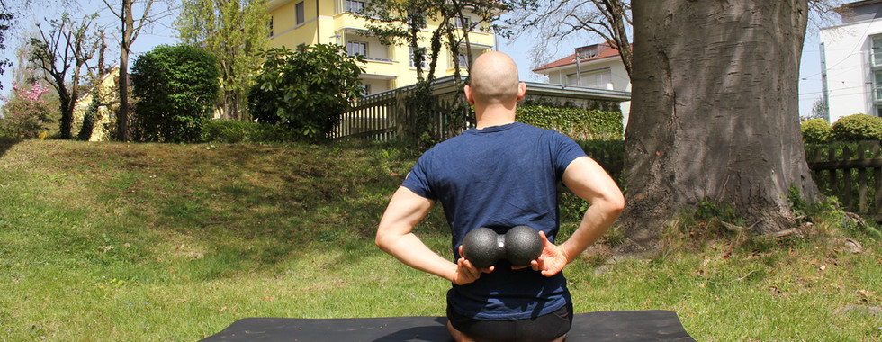 Blackroll Duo oder anderen Doppelball / Selbstmassage