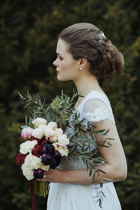 rustykalna panna młoda, rustykalny ślub, fotograf ślubny warszawa, para młoda, bukiet ślubny, ślub w plenerze, reportaż ślubny