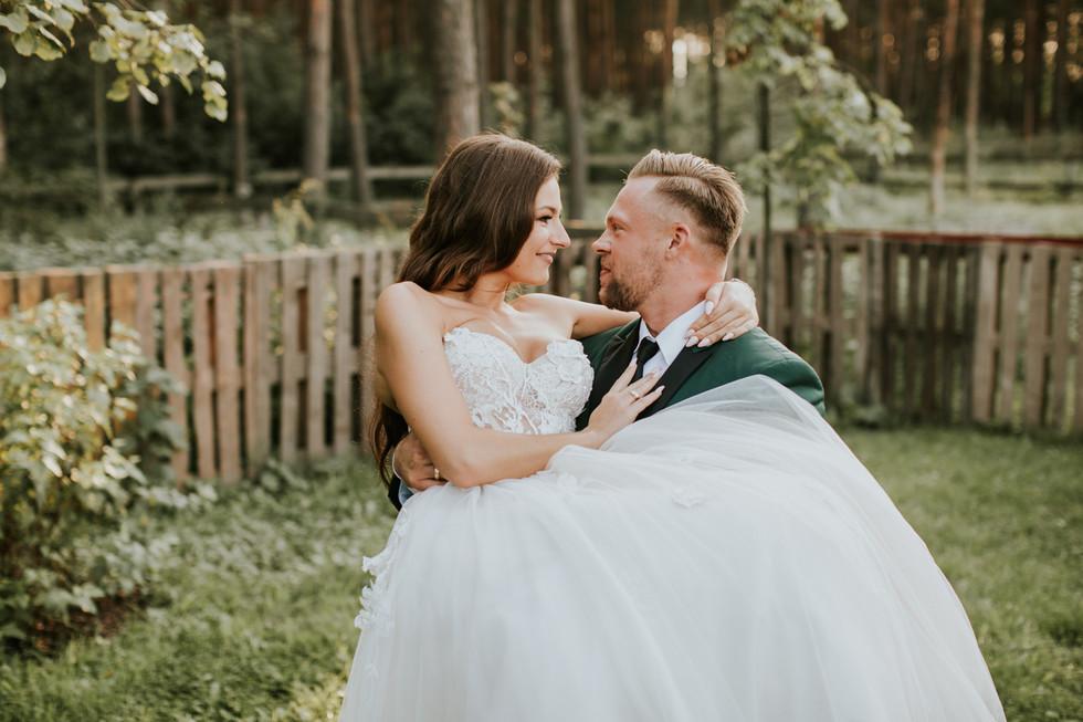 rustykalny plener ślubny warszawa, cicha 23, wymarzone wesele