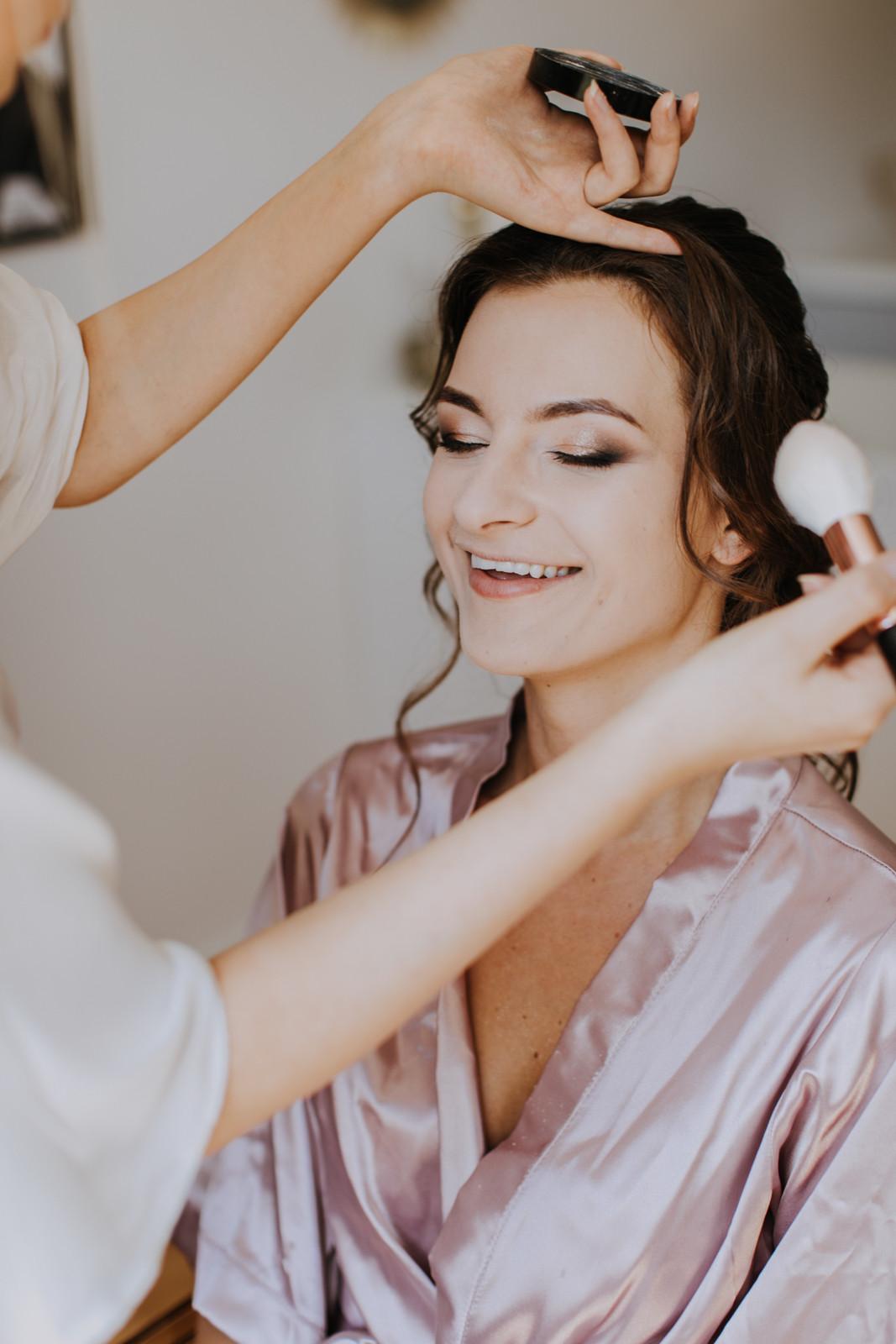 przygotowania ślubne warszawa, makijaż ślubny, rustykalny ślub