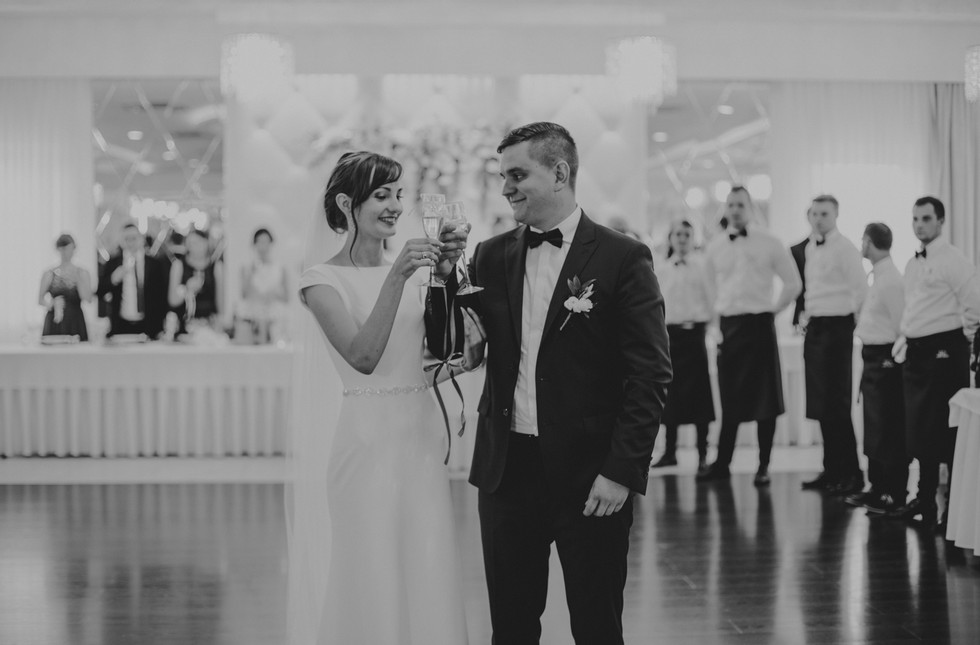 ślub Biały Dwór, reportaż ślubny w Białym Dworze, Biała Panieńska, fotograf ślubny Konin, Fotograf ślubny wielkopolska
