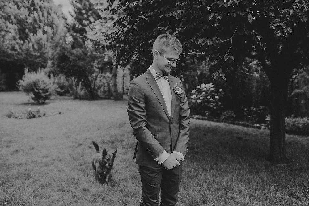 Skansen Bicz, wesele w Skansenie Bicz, plenerowy ślub w Skansen Bicz, plener ślubny Skansen Bicz w Koninie, fotograf ślubny Konin, reportaż ślubny, zdjęcia ze ślubu w Skansenie Bicz, rustykalne wesele, boho ślub, boho wesele, first look
