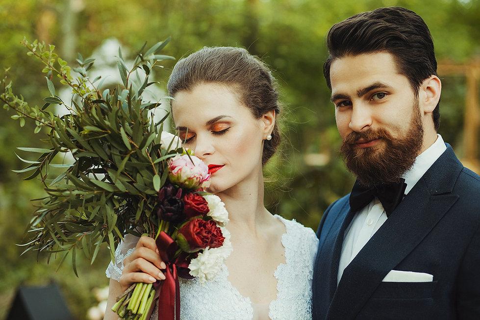 rustykalny ślub, fotograf ślubny warszawa, para młoda, bukiet ślubny, ślub w plenerze, reportaż ślubny