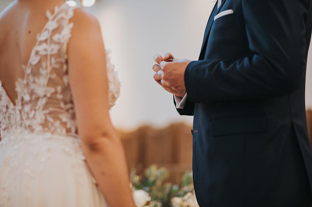 boathouse restaurant, boathouse wesele, wesele w plenerze, przyjęcie w plenerze, ślub plenerowy, girlandy, rustykalne wesele, warszawa fotograf ślubny, reportaż ślubny w boathouse, boho wesele, boho ślub, boho wedding