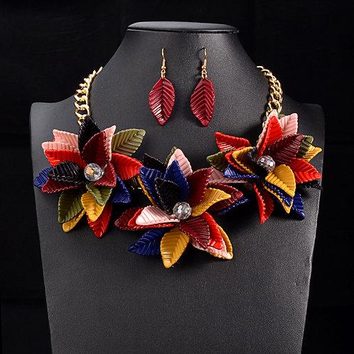 Vintage Flower Necklace Set