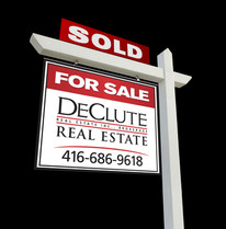 DeClute Real Estate Sign