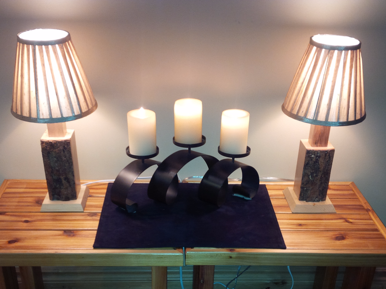 Bark-on Maple Lamps