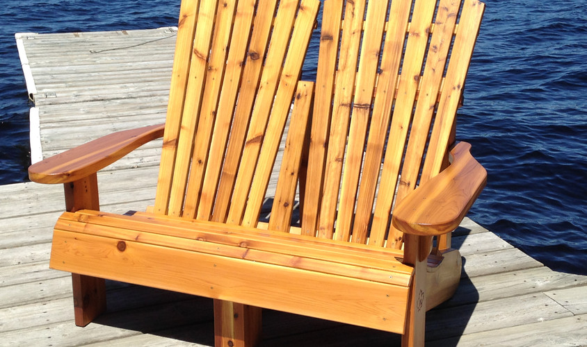 Muskoka Loveseat