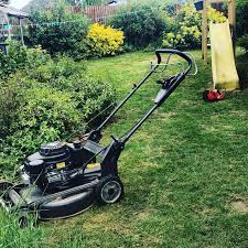 Grass Cutting and Mowing in Canterbury