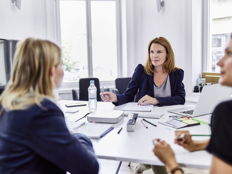 7 Ways to Successfully Manage Managers