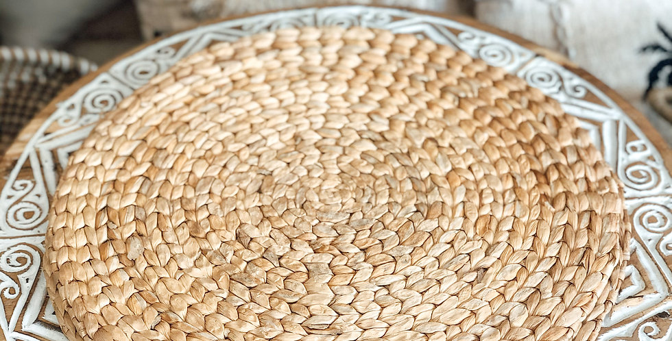 Round Water Hyacinth Placemats
