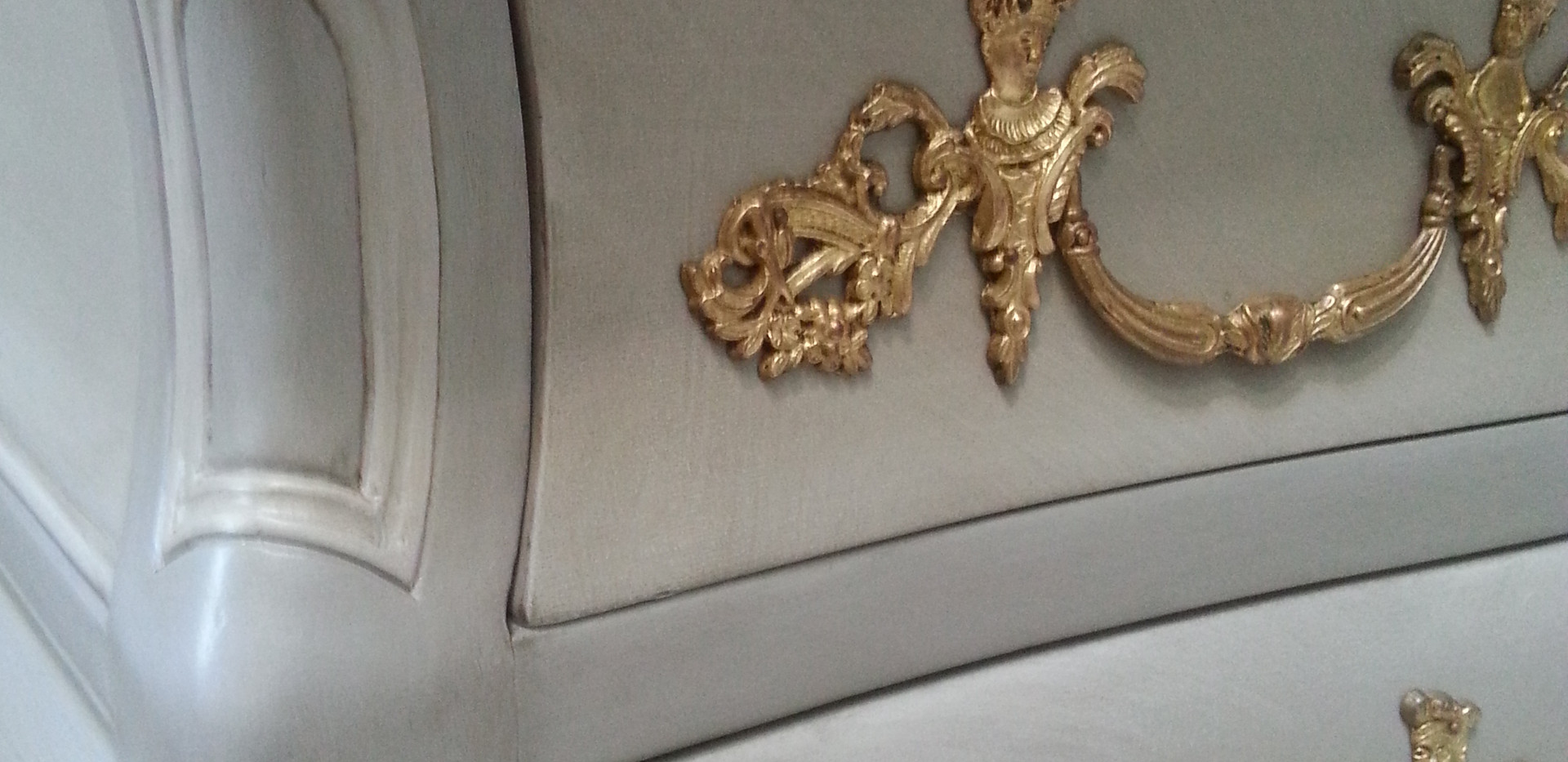 Poignée en bronze veillie