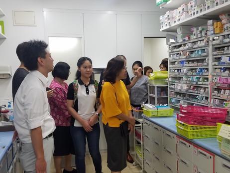 日本薬科大学主催 タイ留学生による薬局視察会