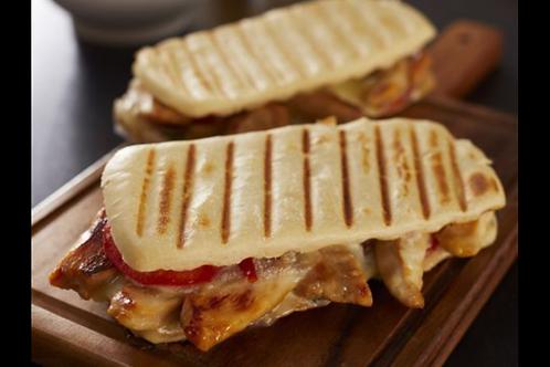 Panini Poulet , Panini Kebab ou Tomate Mozzarella