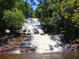 Você sabe onde fica a Cachoeira da Água Branca?