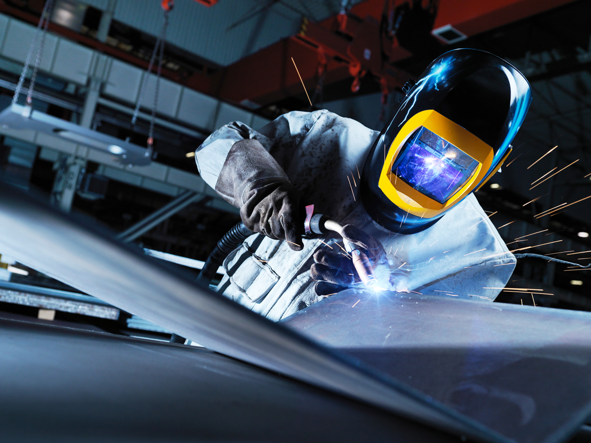 INDUSTRIAL WELDING