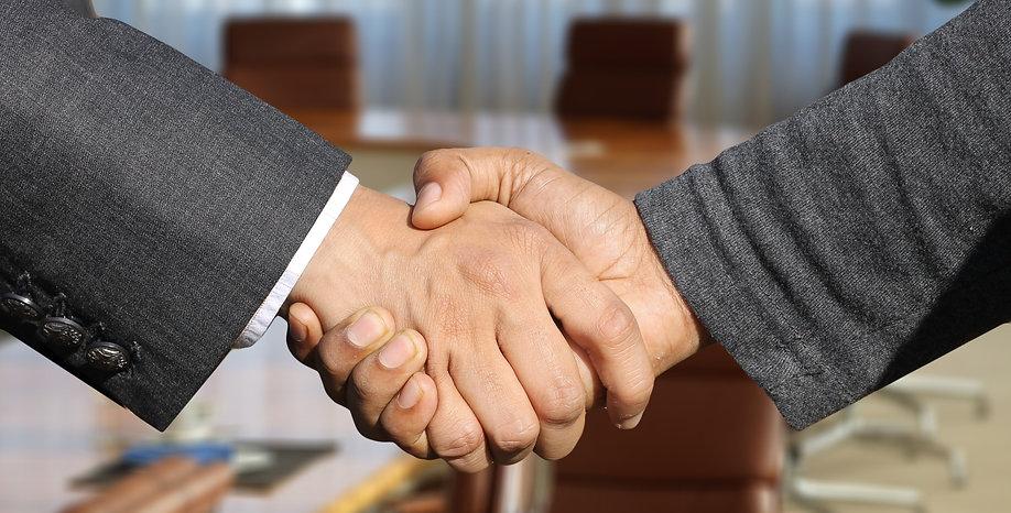 RR shaking hands.jpg