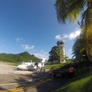 Aerolínea y Catamaran