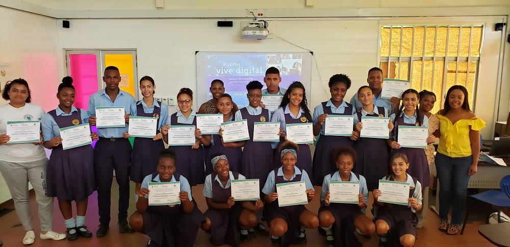 Estudiantes que participaron en Providencia