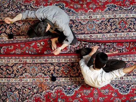 Come riconoscere un tappeto annodato a mano da uno meccanico