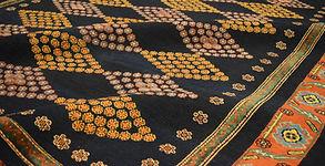 tappeto rilievo genova, tappeti particolari genova