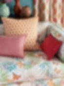 cuscini colorati per l'estate, cuscino colorato, idee per cuscini, stoffe colorate per la casa, sole mare estate 2019