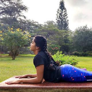 Ardha Bhujangasana / Half Cobra Pose