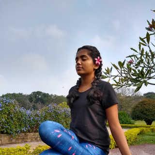 Dhyana Veerasana
