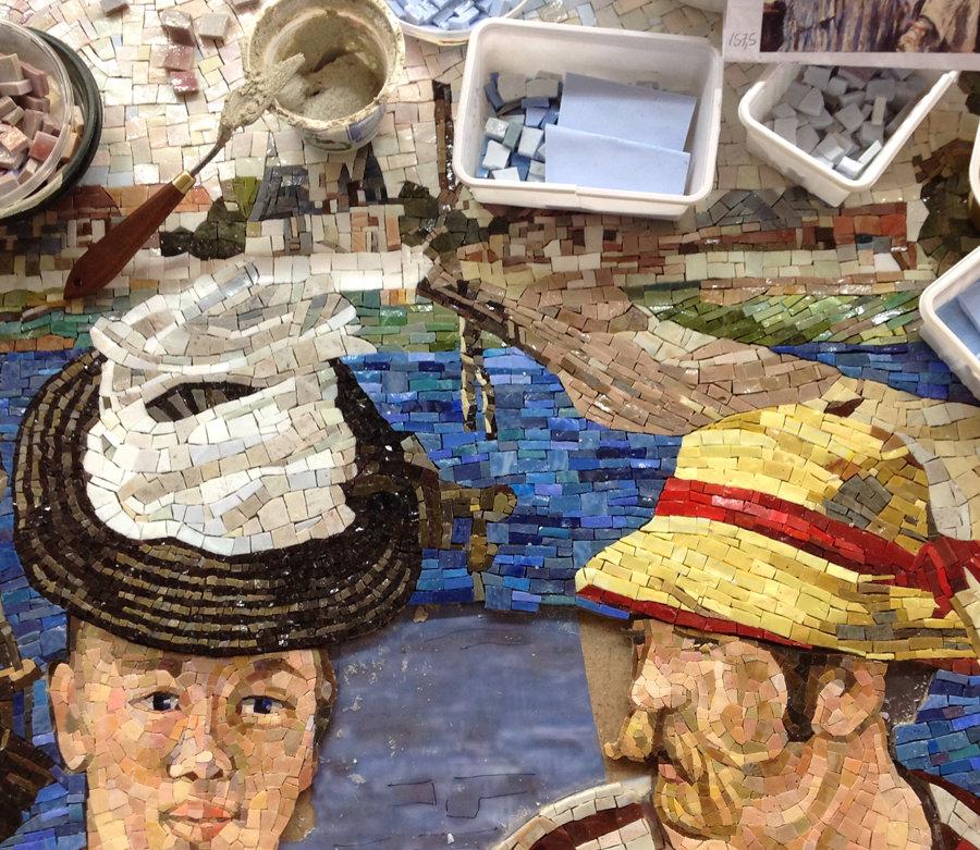 Mosaico in fase di realizzazione