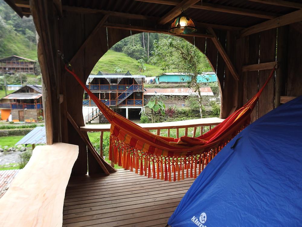 Camping temático y areas de esparcimiento en Hotel Cabañas JC Reserva Natural Santa Rosa de Cabal
