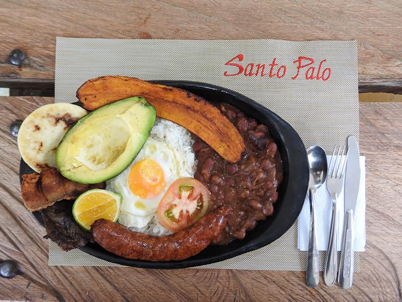 Restaurante Santo Palo - Hotel Cabañas JC Reserva Natural en Santa Rosa de Cabal