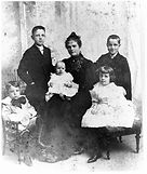 Holtsinger, Nachey Benson with kids.jpg