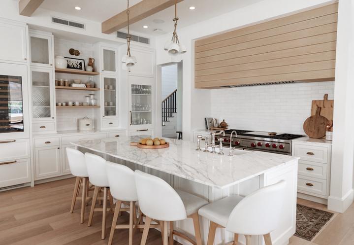 Lalique Pointe Kitchen