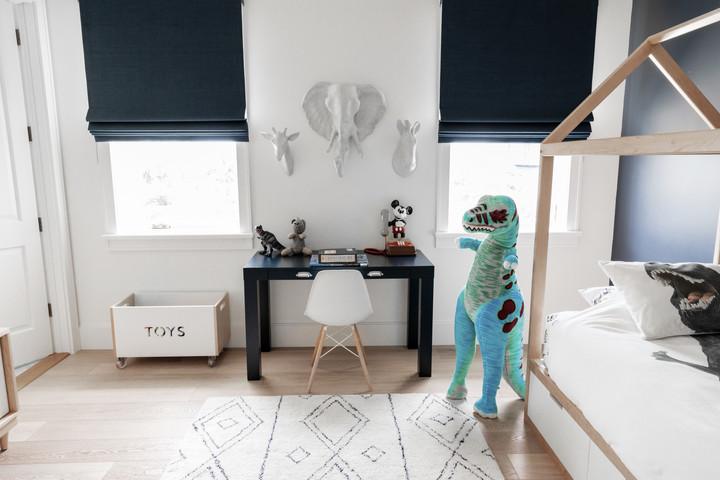 Lalique Pointe Small Boys Bedroom