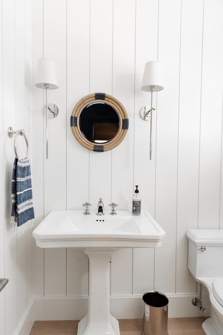 Lalique Pointe Man Cave Bathroom