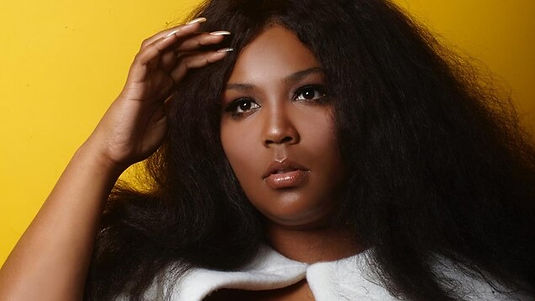 lizzo-chanteuse-rappeuse-rb.jpg