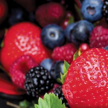 Fresh Fruit Kissed w/Blackberry Ginger